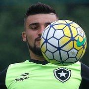 Durcesio confia em vaga na Libertadores com atual elenco e conta história sobre Victor Luis: 'Ele adora o Botafogo'