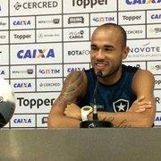 Botafogo x Roger: atacante perdeu ótima chance de ficar calado