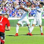 Rival do Botafogo, Audax Italiano é o lanterna do Chileno e tem a pior defesa; Loco Abreu é reserva