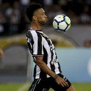 Ex-Botafogo, Luis Ricardo batalha para retornar à carreira e abre o jogo
