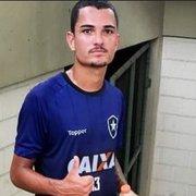 Zé Gatinha comemora estreia no Botafogo: 'Muito feliz. Vou me dedicar para melhorar cada vez mais'