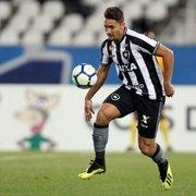 Botafogo quer manter Moisés e Jean; empresário do volante revela sondagens do exterior