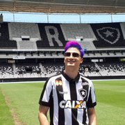 Torcida enaltece Felipe Neto após novo patrocínio: 'Vai comprar o Botafogo'