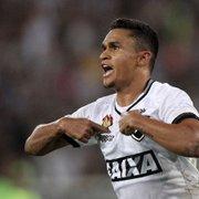 Ex-Botafogo, Erik celebra estreia de Rafael pelo clube: 'Nunca desista dos seus sonhos'