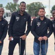 Com proposta do Ceará, Leandro Carvalho publica foto com jovens do Botafogo em tom de despedida