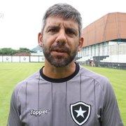 Jogo mais direto, Ênio e chance de sub-20 no Estadual: Marcos Soares analisa momento do Botafogo