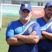 Mauricio Assumpção tira licença de treinador na CBF para dar aula de futebol a crianças