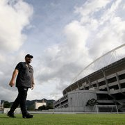 Barroca e Luxemburgo duelam em meio a debate sobre técnicos no Brasil