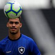 Glauber confirma transferência: 'Mesmo de longe vou sempre ficar sempre na torcida pelo Botafogo'