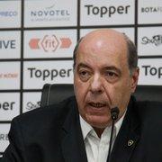 Presidente do Botafogo encontra jogadores no treino, mas não dá prazo para quitar atrasados
