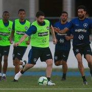 João Paulo demonstra apoio a Alan Santos, que cometeu pênalti: 'Grupo está do lado dele'