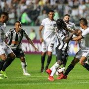 Cícero vai bem na defesa e reafirma importância dentro do Botafogo