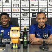 Rhuan faz elogio a Lucas Campos no Botafogo: 'Características parecidas com Messi'
