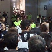 VÍDEO – Vergonha! Torcedores do Botafogo passam perrengue no Independência