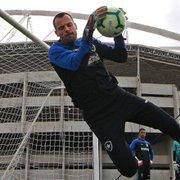 Flavio Tenius elogia comprometimento de Diego Cavalieri no Botafogo: 'Trabalha todo dia como se fosse jogo'
