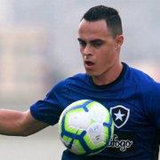 Quem joga? Botafogo tem disputa no ataque entre Victor Rangel, Vinícius Tanque e Pachu