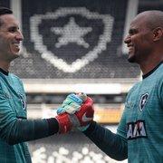 Gatito Fernández completa 32 anos e ganha homenagens do Botafogo e de Jefferson
