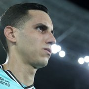 Gatito despista sobre propostas para sair: 'Estou focado no Botafogo'