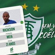 'Qualidade no apoio, velocidade e boa marcação': América-MG anuncia Rickson, emprestado pelo Botafogo