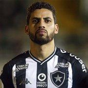 Botafogo não paga comissão, e empresários de zagueiro Gabriel cobram R$ 143 mil