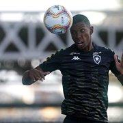 Kanu lamenta saída de João Paulo do Botafogo: 'Jogador importantíssimo para nós'