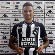 Luiz Otávio veste a camisa do Botafogo: 'Vou agarrar oportunidade com unhas e dentes'