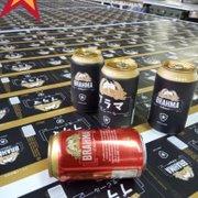 Patrocinadora do Botafogo prepara latas de cerveja em japonês para apresentação de Honda