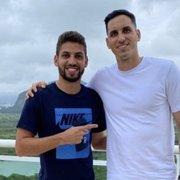 Volta ao Botafogo? Gatito posta foto com Gabriel e brinca: 'Vamos deixar ele no Rio'