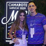 Goleiro do Botafogo, Gatito curte camarote com namorada: 'Tô indo com calma'
