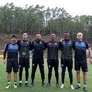 Flavio Tênius elogia goleiros do Botafogo e explica trabalhos em meio à preocupação com coronavírus