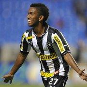 Lembra dele? Hoje na França, Cidinho recorda momentos no Botafogo e parceria com 'pai' Seedorf