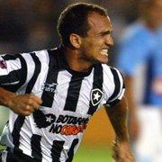 Sandro recusou proposta de rivais por amor ao Botafogo e não aceitou sair na Série B: 'Queria subir'