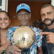 Ex-craque do Botafogo, Marinho encara batalha pela vida após três cirurgias