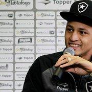 Na Ásia, Neilton relembra passagem pelo Botafogo: 'Guardo no coração'