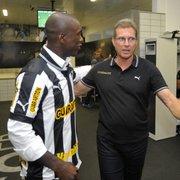 Oswaldo conta reação em contratação de Seedorf: 'Não acreditei. Foi uma grande tacada do Botafogo'