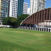 Com Caio Martins defasado e novo CT travado, Botafogo busca local para abrigar treinos da base