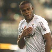 Botafogo envia documentação ao Cartagena, e Vinicius Tanque não é mais jogador do clube