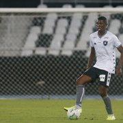 Kanu agradece 'esporros' de Carli e brinca com Gabriel, ex-Botafogo: 'Daqui a pouco está de volta. O lugar dele está guardado'
