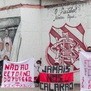 Enquanto tenta brigar com Botafogo, Bangu é alvo de protesto da própria torcida e se despede do Estadual