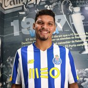 Ex-Botafogo, Igor Cássio é anunciado pelo Porto B: 'Sou rápido e finalizador'