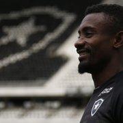 Em busca de acordo, Botafogo quer 'potencializar' relação de Kalou além das quatro linhas