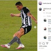 Rafael Carioca se anima com camisa do Botafogo e Danilo Barcelos convida: 'Vem que a tua te aguarda'