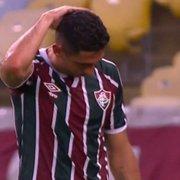Ex-Botafogo, Danilo Barcelos estreia no Fluminense com carrinho criminoso e expulsão; Luiz Fernando também leva vermelho pelo Grêmio