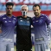Parabéns, professor! Preparador de goleiros Flávio Tênius celebra 500 jogos pelo Botafogo