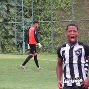 Base: Botafogo supera falha incrível de goleiro e arranca 3 a 3 com Atlético-MG no Brasileiro Sub-20