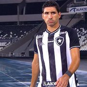 Fora dos planos do Botafogo, Barrandeguy tem dois clubes interessados
