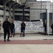 Torcedor conta detalhes da conversa com Victor Luis e Agostini em protesto de organizada do Botafogo