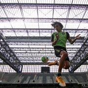 Botafogo: Matheus Nascimento vai alternar jogos no sub-17 e sub-20 com treinos no profissional