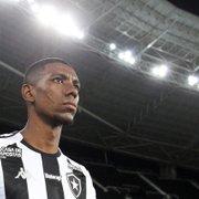 Proposta do Cruz Azul por Kanu, do Botafogo, é de empréstimo por um ano e agrada ao atleta