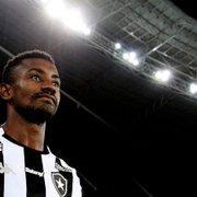 Da esperança ao alívio pela rescisão: passagem de Kalou pelo Botafogo foi para ser esquecida